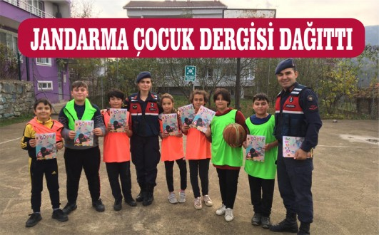 Jandarma öğrencilere dergi dağıttı