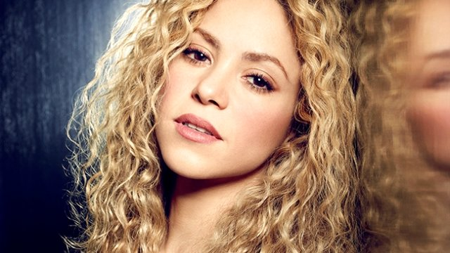 Kolombiyalı pop yıldızı Shakira, ikinci çocuğuna hamile olduğu dedikodularını doğruladı.